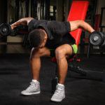 リバースフライのやり方&効果|三角筋後部を鍛え抜く肩関節水平外転のエクササイズ!