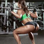 バーベル・フルスクワットのやり方&効果|大きい筋肉に働きかけよう!