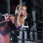 グッドモーニング・エクササイズのやり方&効果|腰や脊柱起立筋・大臀筋・ハムストリングスを鍛える!